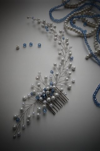 Бело-голубой гребень