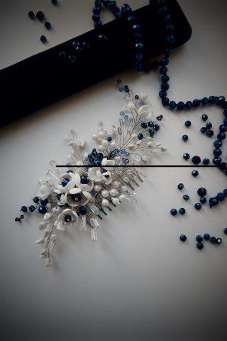 Бело-синий гребень